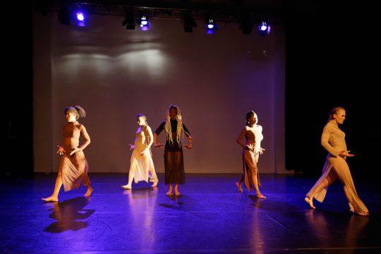 Junadry Leocaria-Awor Aki-Dansmakers Amsterdam-fotografie Thomas Lenden
