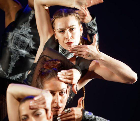 Sarada Sarita-Q4 Squaring the Circles-Dansmakers Amsterdam-fotografie Thomas Lenden