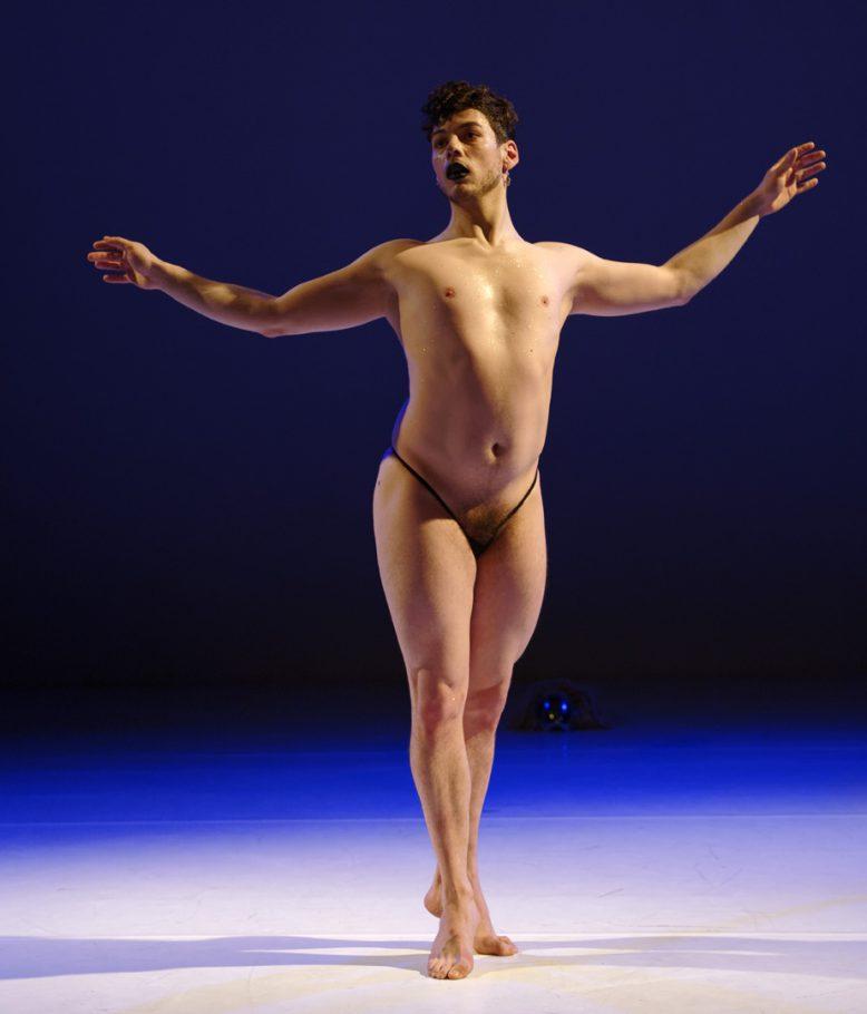 moving-futures-dansmakers-amsterdam-moreno-perna-XYX-alexander chapman-dans-theater-fotografie-thomas-lenden